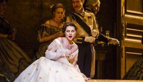 A scene from La Traviata by Verdi @ Royal Opera House. Directed by Richard Eyre. Conductor Yves Abel (Opening 16-01-16) ©Tristram Kenton 01/16 (3 Raveley Street, LONDON NW5 2HX TEL 0207 267 5550  Mob 07973 617 355)email: tristram@tristramkenton.com